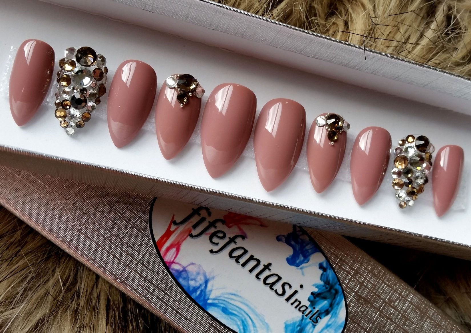 Nude Rose with Champagne Swarovski Crystals – Fife Fantasi Nails
